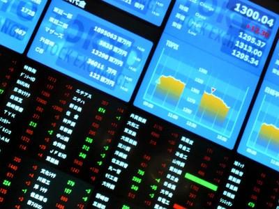 Thị trường chứng khoán: Nhiều chuyển biến tích cực
