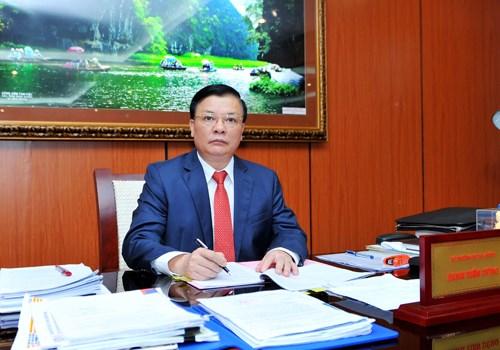Bộ trưởng Bộ Tài chính Đinh Tiến Dũng: Vững tin để bước tới