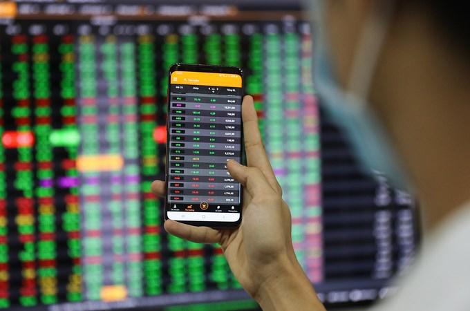 Xu hướng thị trường chứng khoán tiếp tục tăng trong nửa cuối năm 2021