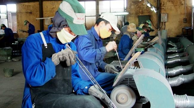 Gần 40.000 người lao động chưa được đóng bảo hiểm xã hội đầy đủ