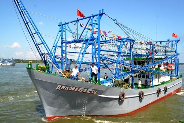 Cơ chế bàn giao khoản nợ vay của chủ tàu khai thác hải sản xa bờ