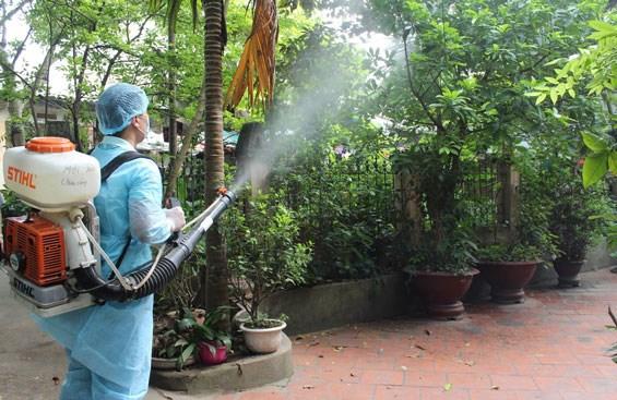 Chi hỗ trợ cán bộ thực hiện hoạt động phòng, chống sốt xuất huyết được thực hiện thế nào?