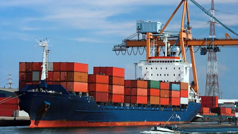 Vì sao cổ phần cảng biển không hấp dẫn?