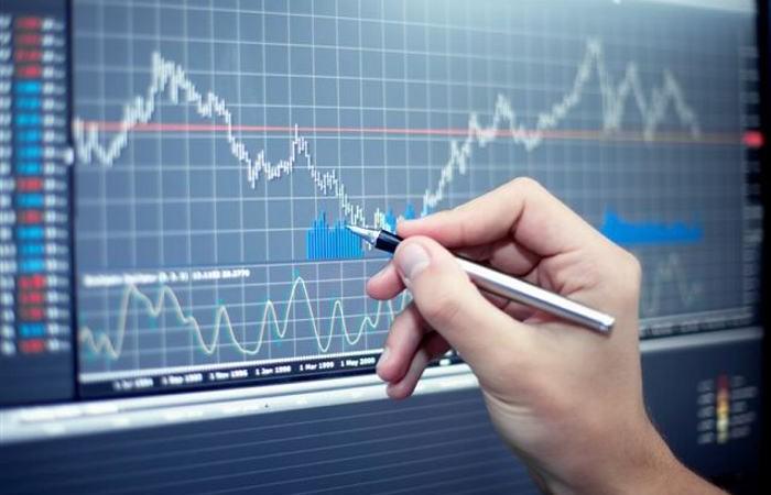 Nếu ngân hàng ốm yếu, tại sao cổ phiếu vẫn lên đều?