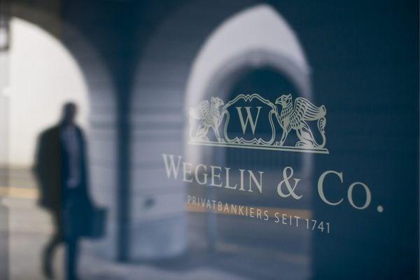 Bị Mỹ phạt, ngân hàng lâu đời nhất Thụy Sỹ đóng cửa vĩnh viễn