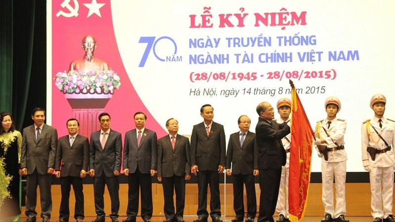 Ngành Tài chính Việt Nam: Viết tiếp những trang sử vẻ vang