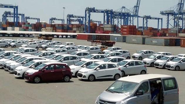 Gỡ nút thắt cho hoạt động nhập khẩu ô tô vào Việt Nam