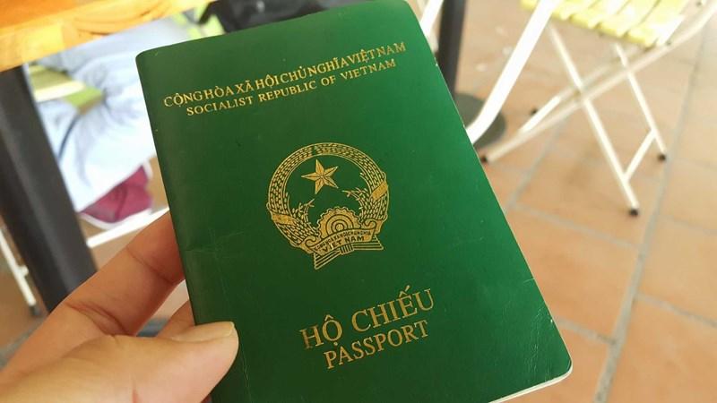 Từ 22/5/2021, trường hợp nào được miễn lệ phí cấp hộ chiếu?