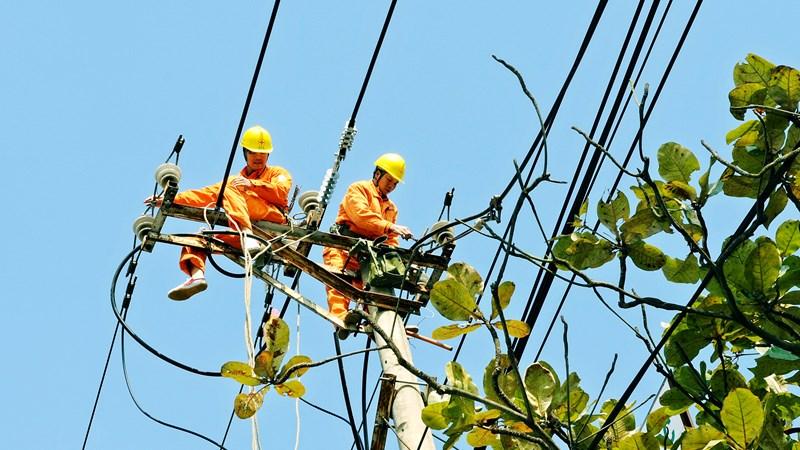 EVNNPC: Sản lượng điện thương phẩm tháng 7 tăng 10,84% so với cùng kỳ năm 2018