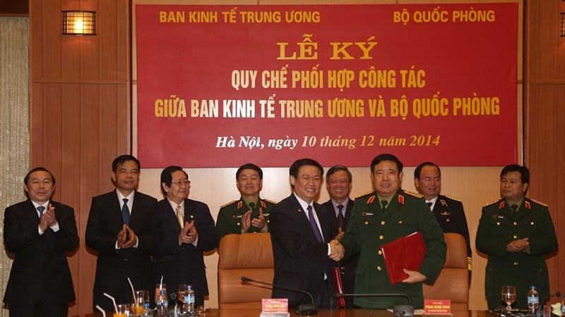 Ban Kinh tế Trung ương và Bộ Quốc phòng phối hợp công tác