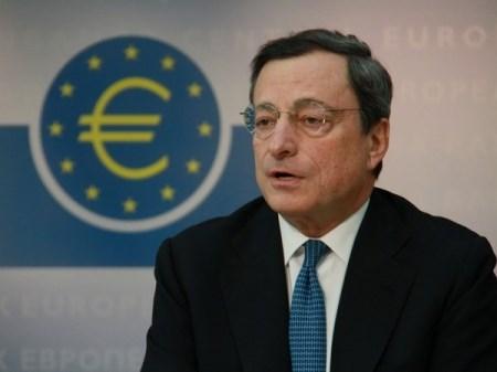 Chào ngày mới, chào QE kiểu châu Âu