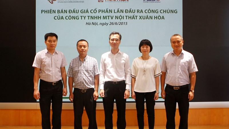 Bán hết 5,4 triệu cổ phần Nội thất Xuân Hòa cho 37 nhà đầu tư
