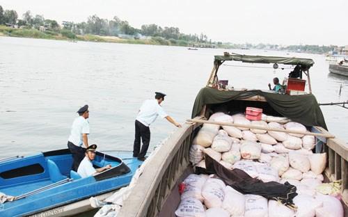 Buôn lậu ở An Giang vẫn phức tạp