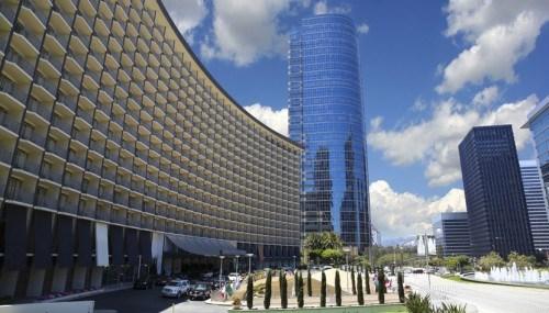 Thị trường khách sạn chuyển động tích cực