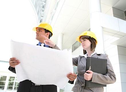 Có được thuê tư vấn quản lý dự án đầu tư xây dựng?