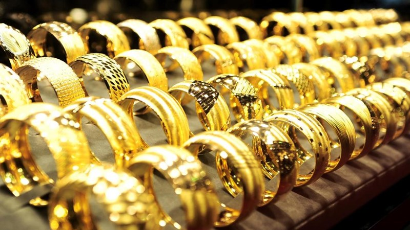 Giá vàng trong nước lại trượt dốc