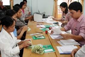 Hướng dẫn sử dụng ngân sách địa phương cho người nghèo vay