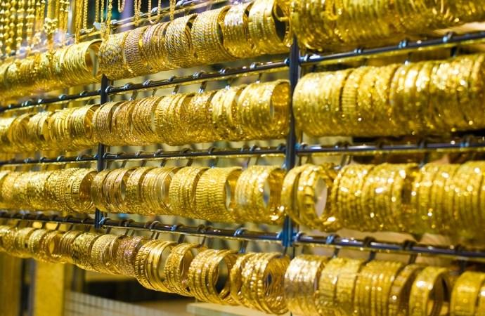 Vàng trong nước tiếp đà tăng giá
