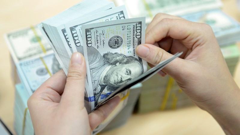 Ngân hàng tăng nhẹ giá USD