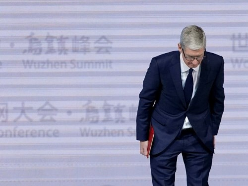 Apple vẫn được ngưỡng mộ dù vướng hàng loạt scandal