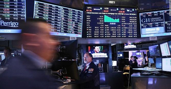 Thị trường chứng khoán Mỹ lại rung lắc do lo ngại lạm phát tăng