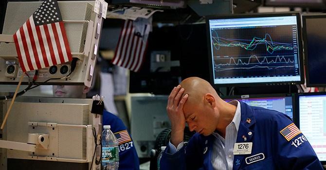 Nỗi lo lãi suất tăng trở lại, thị trường chứng khoán Mỹ giảm sâu