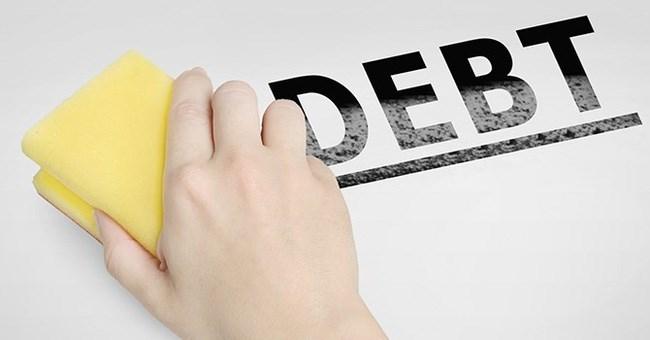 Tiếp tục tái cơ cấu tổ chức tín dụng và xử lý nợ xấu
