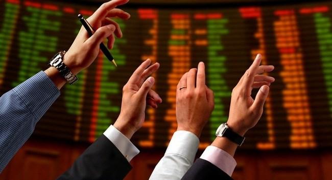 """Cổ phiếu """"vua"""" chờ """"hiệu ứng tân binh"""""""