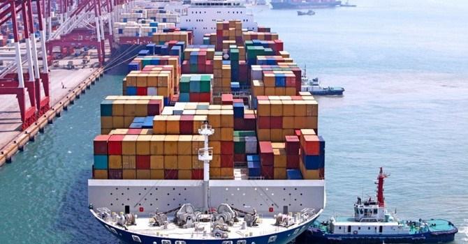 Thâm hụt thương mại Mỹ giảm lần đầu trong 7 tháng