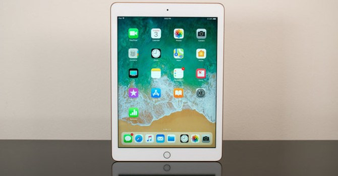 iPad 9,7 inch chính hãng giá 10 triệu đồng chính thức lên kệ