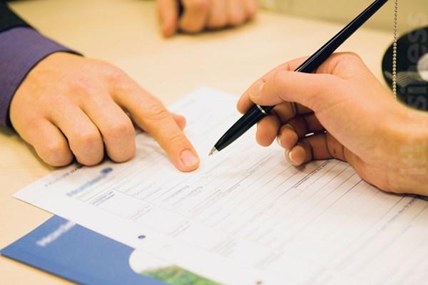 Điều chỉnh công việc trong hợp đồng căn cứ quy định nào?