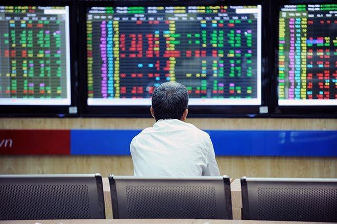 Để cổ phiếu trên sàn không bị lãng quên