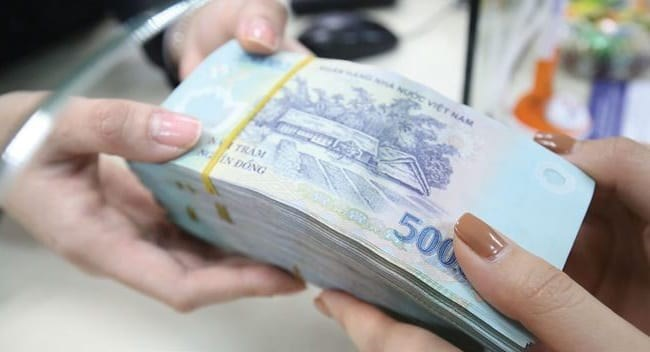 Bị phạt 100 triệu đồng vì vi phạm quy định pháp luật quản trị công ty về giao dịch với cổ đông