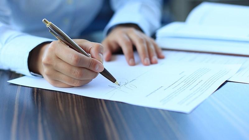 Rủi ro ký hợp đồng với người không có thẩm quyền