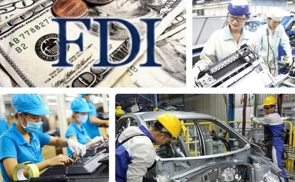 Khu vực FDI xuất siêu gần 14,9 tỷ USD trong 7 tháng