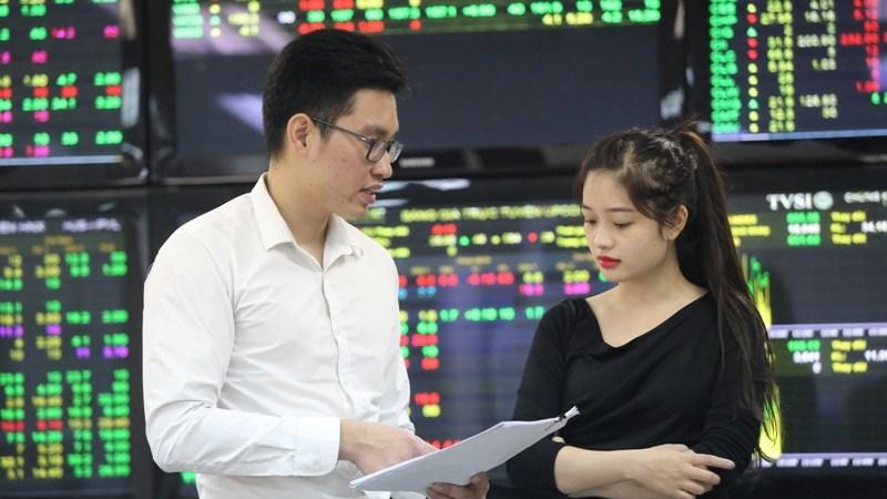 Tháng 10/2019, giá trị vốn hóa thị trường cổ phiếu niêm yết HNX tăng 1,37%