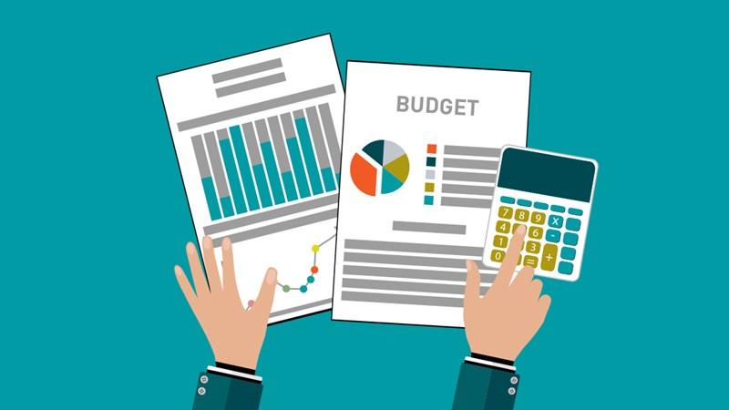 [Infographics] Dự kiến bội chi ngân sách nhà nước và nợ công năm 2021