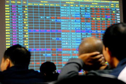 Không báo cáo về việc dự kiến giao dịch, một nhà đầu tư chứng khoán bị phạt 45 triệu đồng