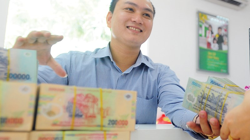 Giảm lãi suất, tín dụng có tăng mạnh cuối năm?