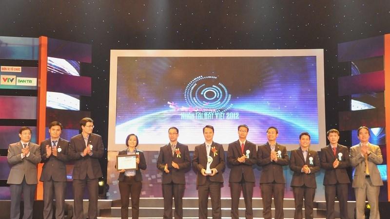 Sản phẩm BIDV@Securities vinh dự nhận  Giải thưởng Nhân tài đất Việt 2012