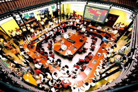 Thị trường chứng khoán năm 2013: Kỳ vọng từ những giải pháp đồng bộ (*)