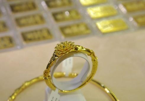 Không có chuyện nấu vàng miếng làm vàng nhẫn