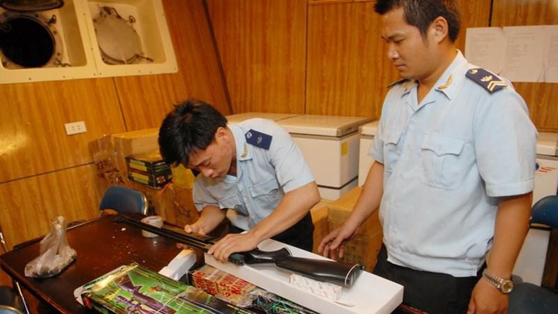 Tập trung chống buôn lậu trong tình hình mới