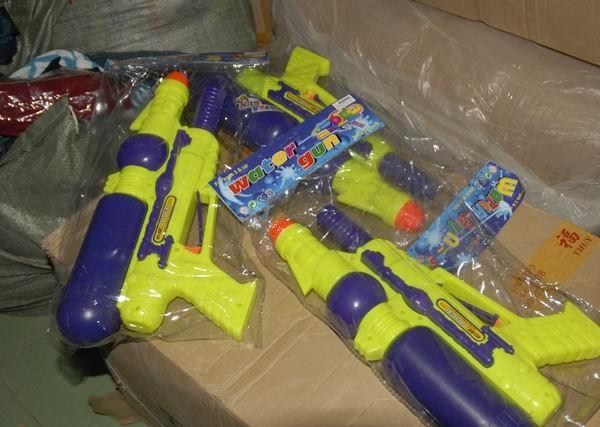 Bắt hơn 15.000 sản phẩm đồ chơi trẻ em nhập lậu