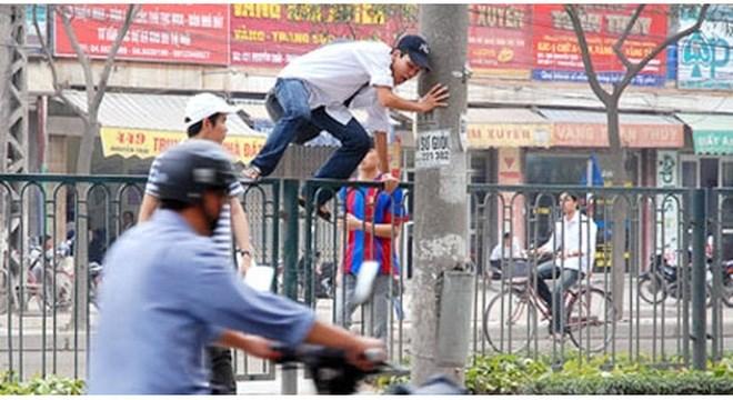 Đã xử phạt 423 người đi bộ vi phạm Luật Giao thông