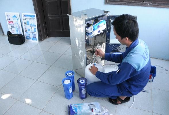 """""""Loạn"""" thị trường máy lọc nước"""