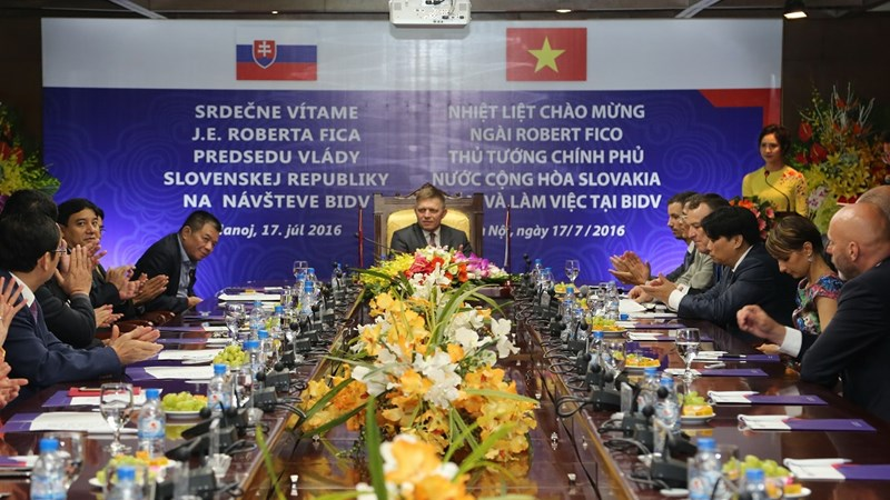 Thủ tướng nước Cộng hòa Slovakia Robert Fico đến thăm và làm việc tại BIDV