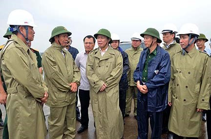 Phó Thủ tướng Vương Đình Huệ: Không được chủ quan với bão số 3