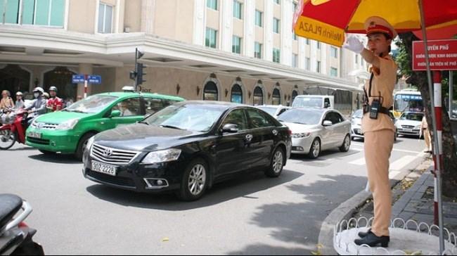 Hơn 650 ô tô bị đình chỉ hoạt động ở Hà Nội