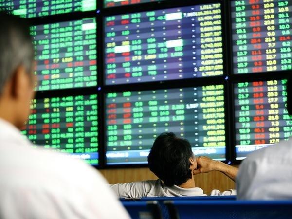 Tháng 2, HNX Index tăng +2,81%
